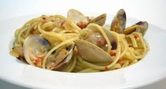 Serrano's Pizza: clams ravioli