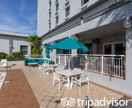Pool at the Pools at the Hampton Inn Ft. Lauderdale /Downtown Las Olas Area