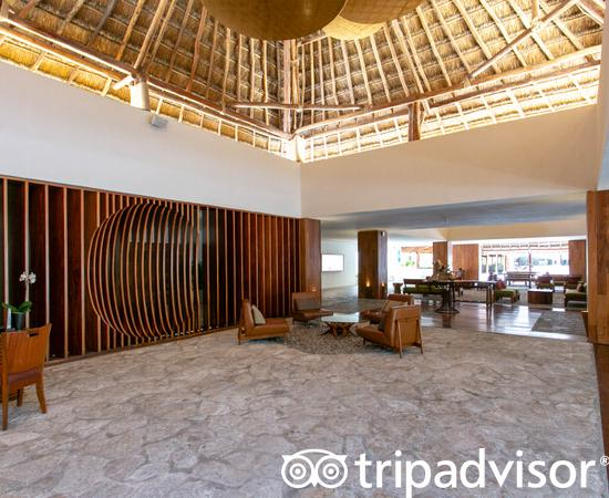 Lobby at the Presidente Inter-Continental Cozumel Resort & Spa
