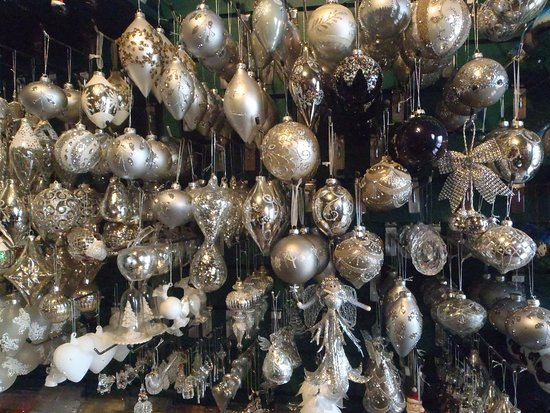 The Olde Christmas Shoppe: Our silver baubles
