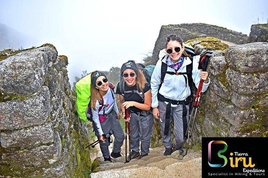 Cusco, Peru: Agradecer  por su confianza a nuestras amigas de  Argentina e Italia =)