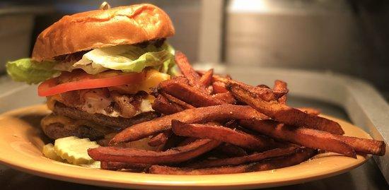 Cornwall, Estado de Nueva York: Burger and Fries