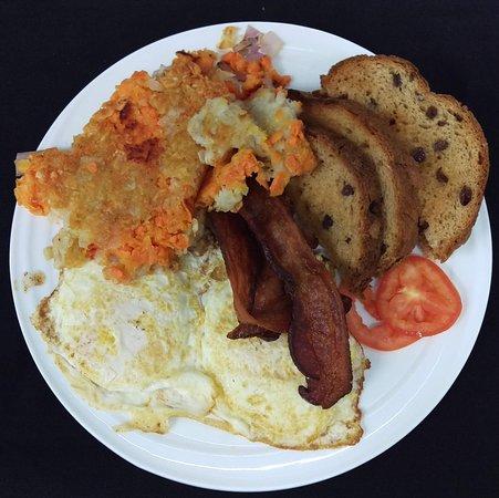 Breakfast served 7 days a week