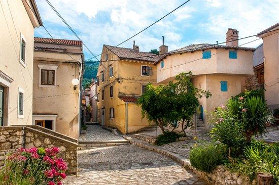 Bakar, Κροατία: A bit of turkish culture in a pitoresque town.