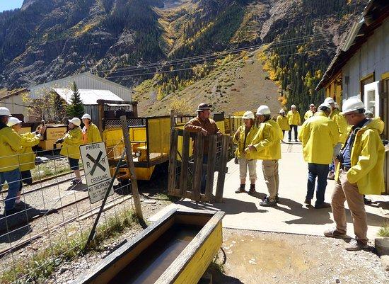 Old Hundred Gold Mine Tour: Före lastning av gruvtåget