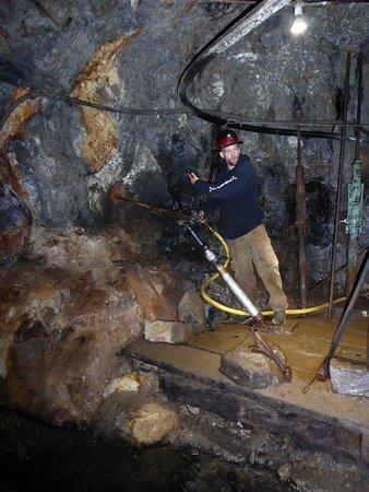 Old Hundred Gold Mine Tour: Gruvborr #2