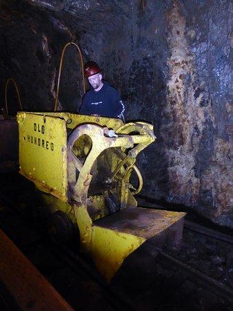 Old Hundred Gold Mine Tour: Lastmaskin #2