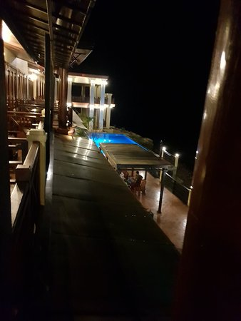 Pon Arena Hotel
