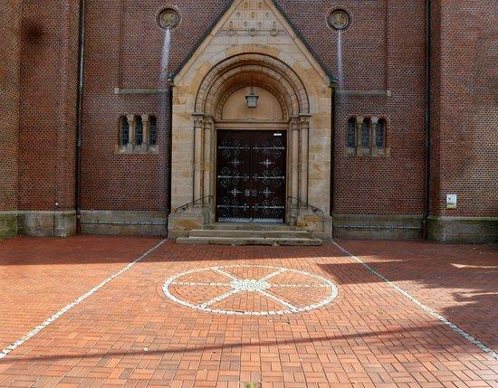 Rhede, Germany: St. Nikolaus -Eingang.