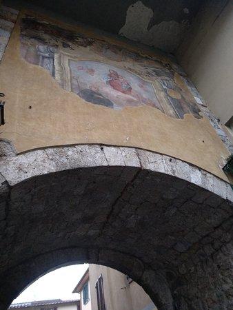 Arco Vergine Maria