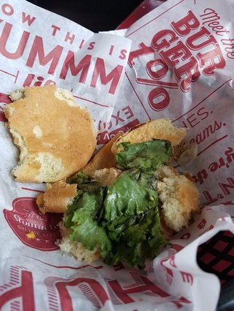 This Red Robin started out good...but not anymore.
