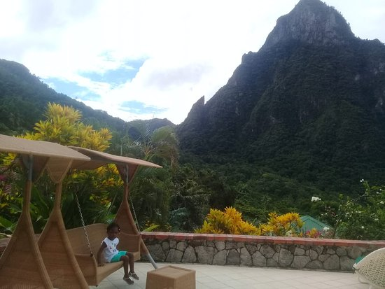 Сент-Люсия: Great view of pitit piton whilst having lunch..