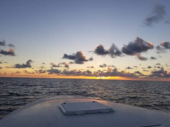 Pink Sands Escape: Eleuthera and Harbour Island: Sunset on the boat
