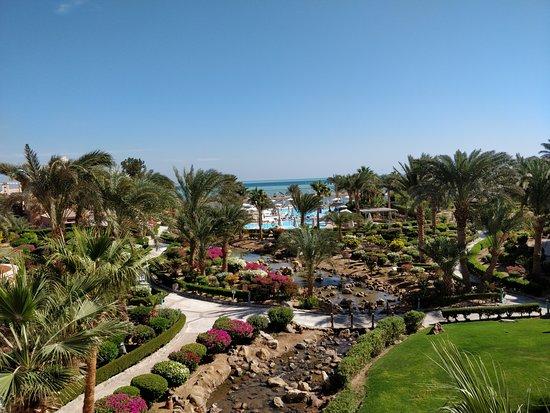 Movenpick Resort & Spa El Gouna: Meer-Blick von der Rezeption aus
