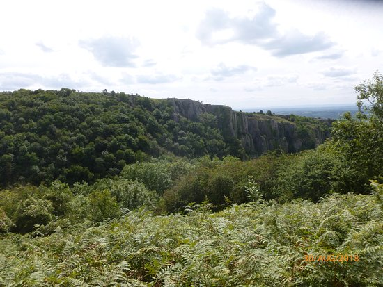 Cheddar Gorge & Caves: This side now!!