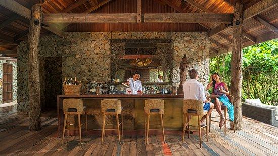 Main Pavilion Bar