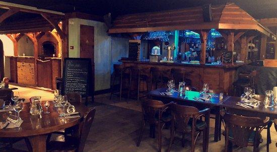 Bloye, França: Salle Restaurant et Bar