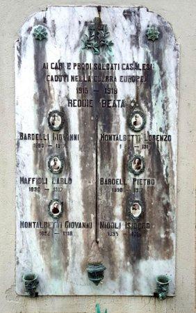 Monumento ai caduti di Casale Litta