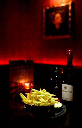 Our delicious new black truffle pomme frites  A decadent treat to satisfy the soul.  Our new pomme frites are served with black truffle salt, black truffle olive oil, aged parmigiano reggiano, italian parsley and black truffle mayo... stunning