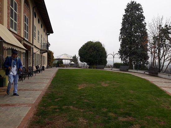 Montegrosso d'Asti Photo