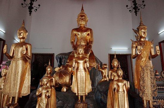 Храм Лежащего Будды (Ват Пхо): Copyright © millennialbackpacker.com