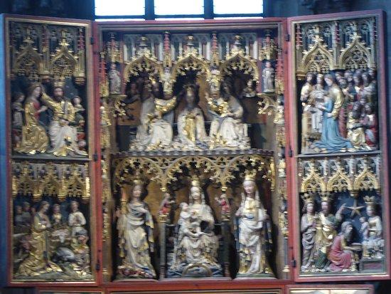 Détail sur un des autels