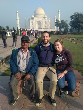 Hello Friends!! Greeting From Taj Mahal Tour Guide Family Group!! This is our guest Ms Nicole and Mr Martin they are from America. Our tour guide Yusuf Khan khan guided them in Taj Mahal. For any Guide Service & Tour Package Call or Whatsaap us at +91 9634311181 More information visit our web: www.tajmahaltourguidefamilygroup.com www.jaipurtourguidefamilygroup.com