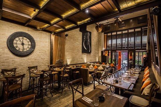 Salle restaurant LE LOFT 2