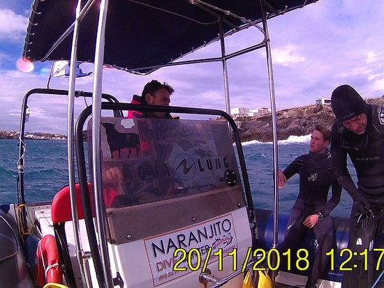 Naranjito: Antoñito el patron y Angel preparandose para la inmersión