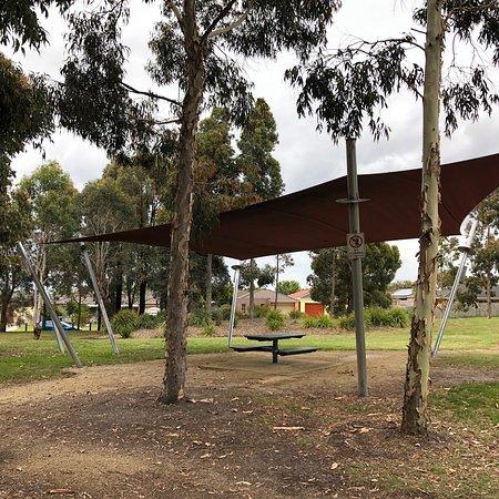 Bernborough Avenue Reserve