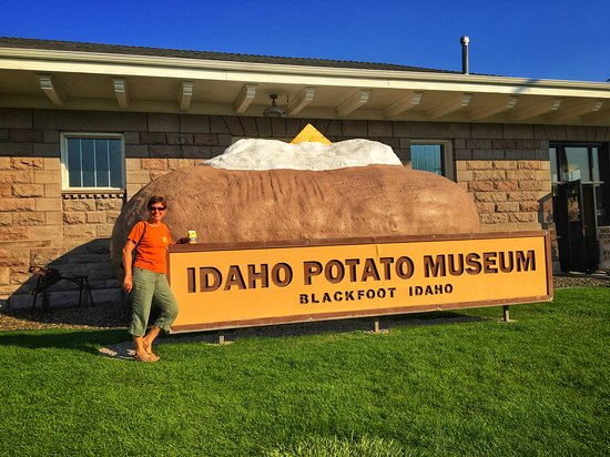 Blackfoot, ID: The giant baked potato with sour cream and butter in front of the museum.