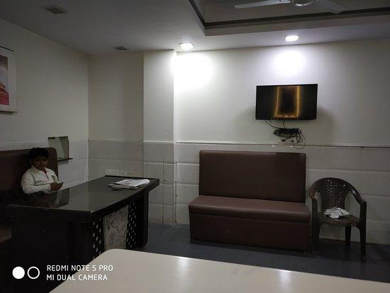 hotel grace arya samaj road karolbagh new delhi