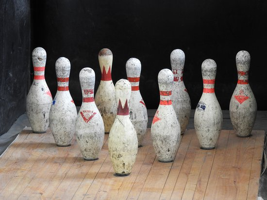 Ten pin bowling the old fashioned way