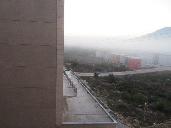 Dugopolje, Croatia: 朝の窓からの眺め