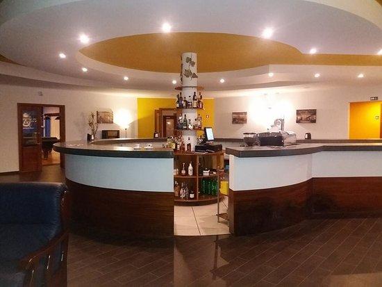O bar ..