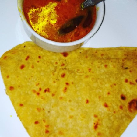 Complementary BF paratha