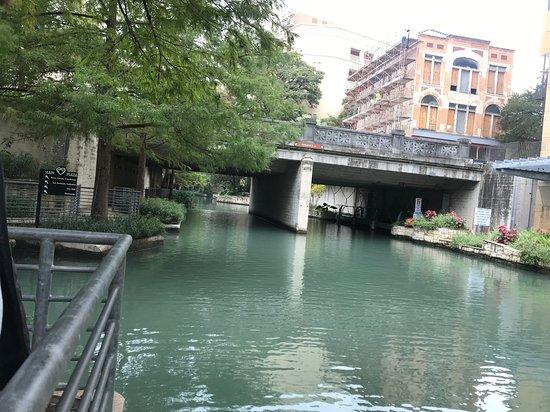 Набережная Сан-Антонио: Riverwalk