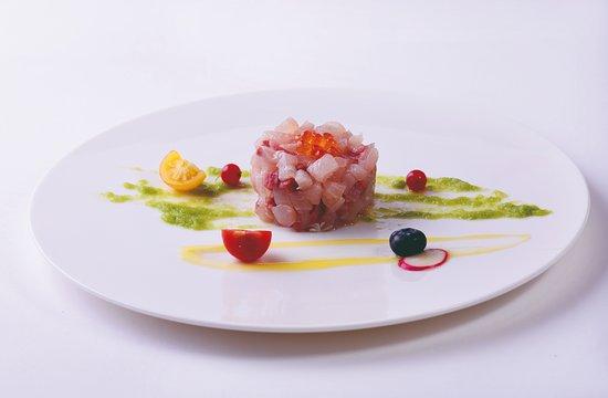 SAKURA Japanese Restaurant: Hamachi Tatare - Tartar di Ricciola