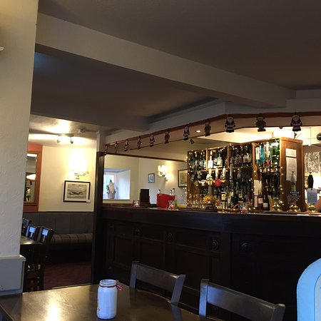 Thorpe Waterville, UK: Nice traditional pub