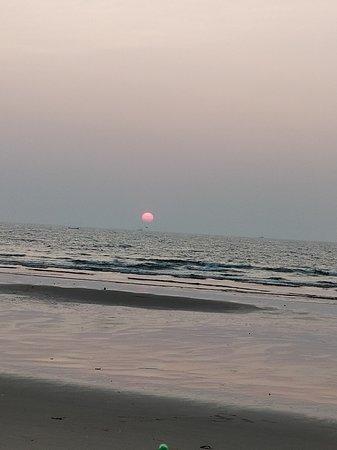 Beach side vacation home - Sun N shine