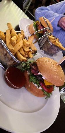Re:Fresh Restaurant & Music Club – fotografia