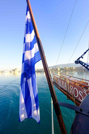 www.kapouleascruises.gr