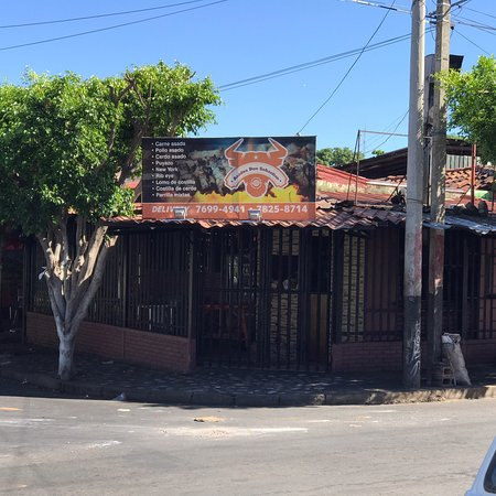 Salinas Don Carmelo breakfast and surrounding eateries.