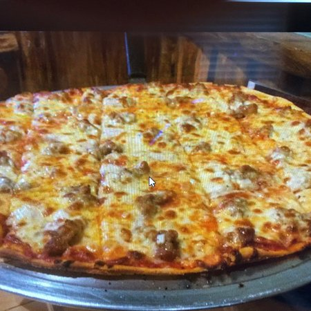 Lodi, Висконсин: Log Tavern Pizza Co.