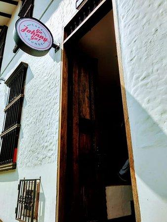 """+++ Go, Johnny Go! Cafe Lounge +++  """"No es solo tomar un café o comer una hamburguesa... es vivir una experiencia""""🧀🍗🥓🍔🍟🌯🌮🥪🌭🍡🍦🍧🍨🍷🍸🍹🍺🥤"""