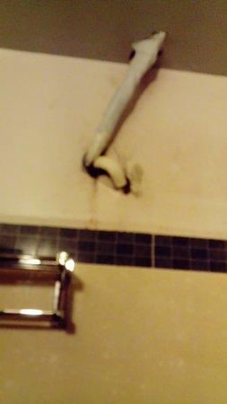 electrical wiring for the aircon runs through the bathroom