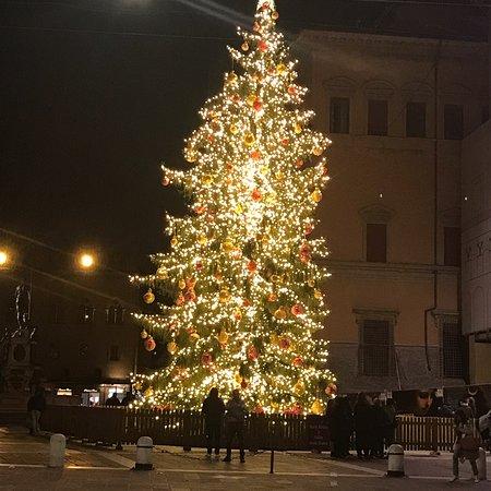 Natale 2018. Albero  elegante. Mi piace!