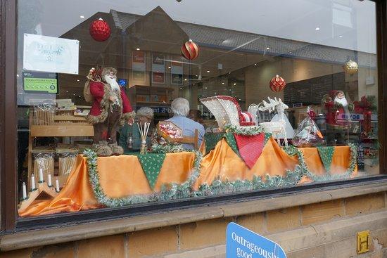 Emi's Delicatessen & Cafe: window display