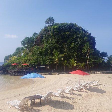 Two Dollar Beach Photo