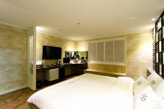 자바모텔: Deluxe room